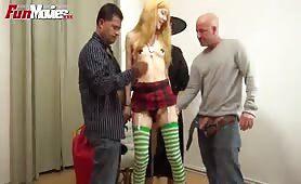 Gangbang für die deutsche Blondine