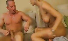 Sexy Blondine aus Hamburg gefickt und gefingert