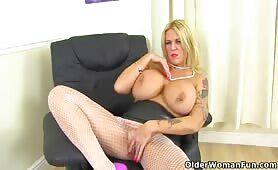 Omasex vor der Webcam